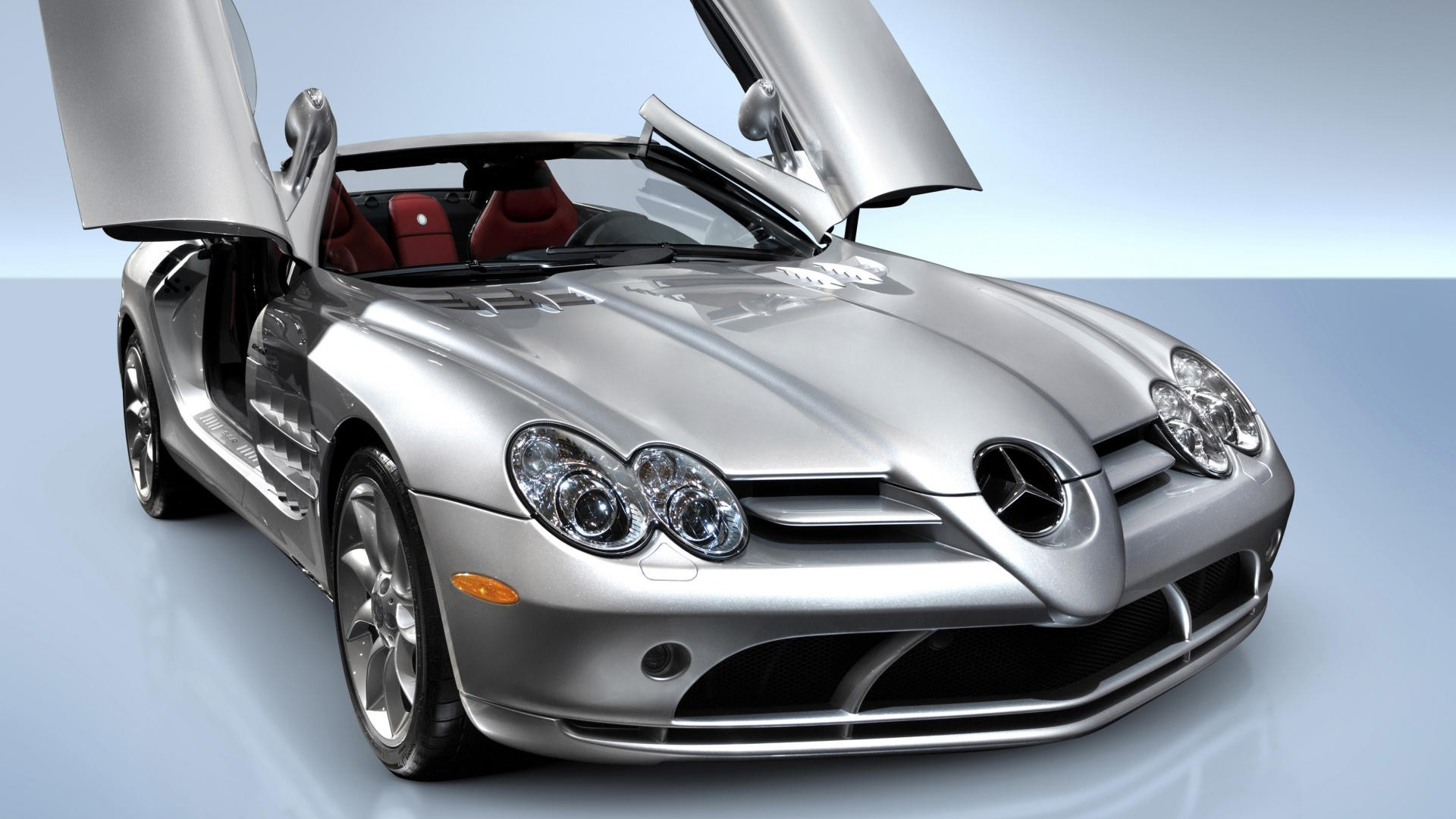 Mercedes Background