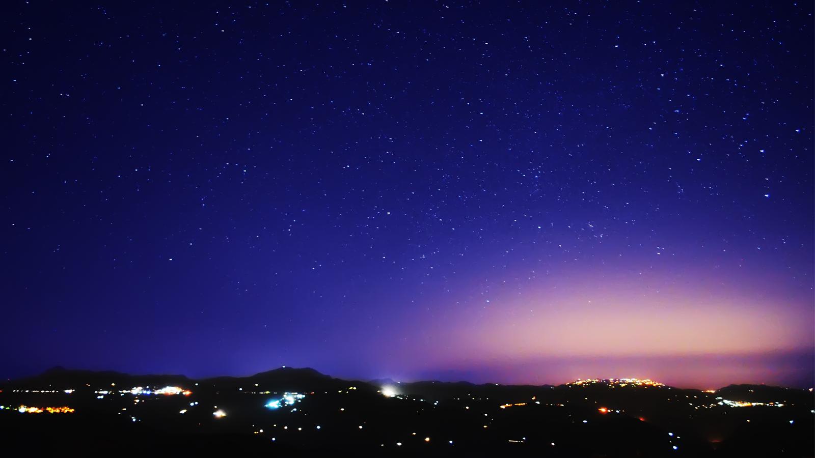 Purple Night Sky Wallpaper