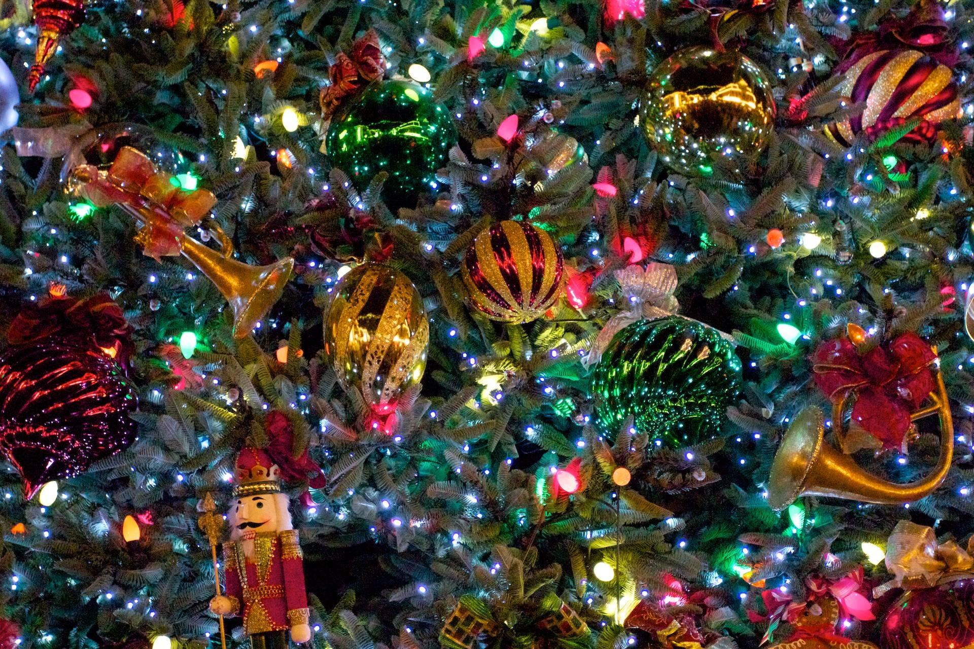 Free Desktop Wallpaper Christmas Trees