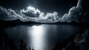Crater Lake in Oregon Photographs in High Definition