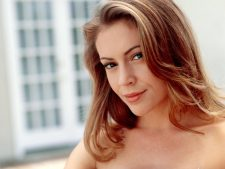 Alyssa Milano Wallpaper HD