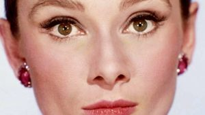 Download Free Audrey Hepburn Wallpaper for Android