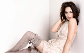 HD Emily Blunt Wallpaper