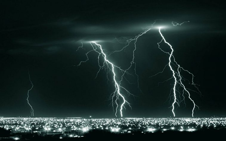 Cool Collections Of Lightning Storm Wallpapers HDFor Desktop Laptop And Mobiles Here You Can Download More Than 5 Million Photography Uploaded