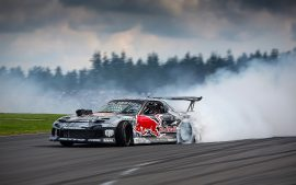 Drifting Cars Smoking Hot Wallpaper Pictures In HD