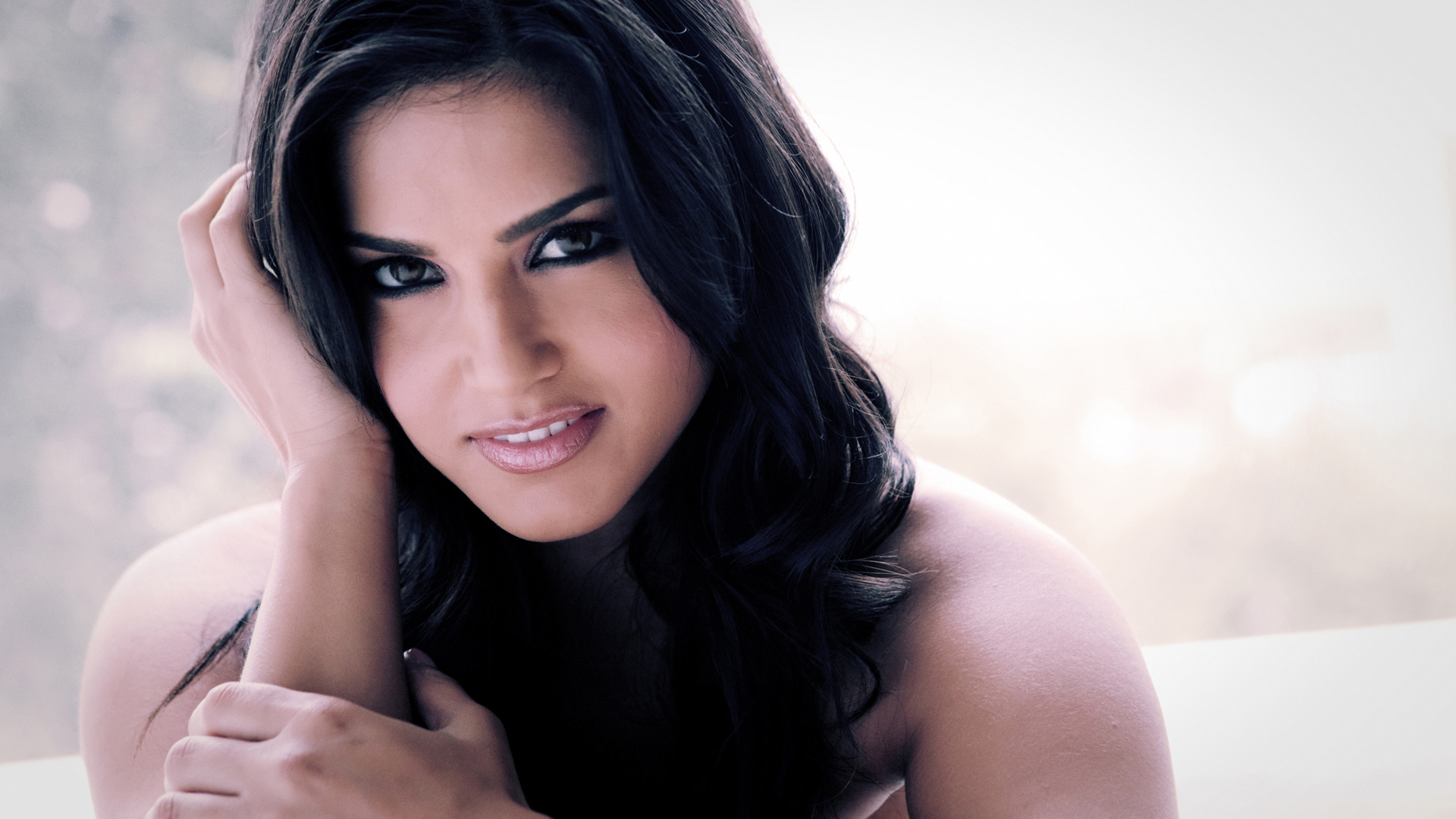 wallpaper.wiki-sunny-leone-wallpaper-hd-pic-wpd002623 | wallpaper.wiki