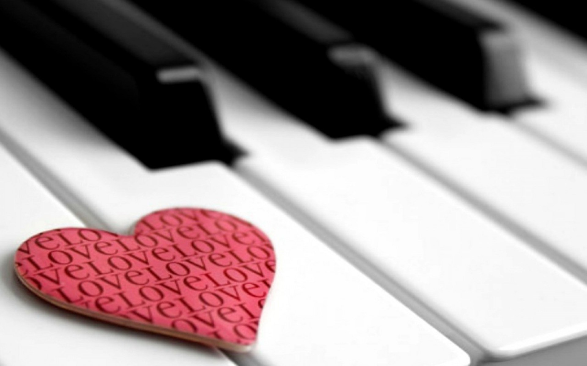 Free HD Piano Backgrounds