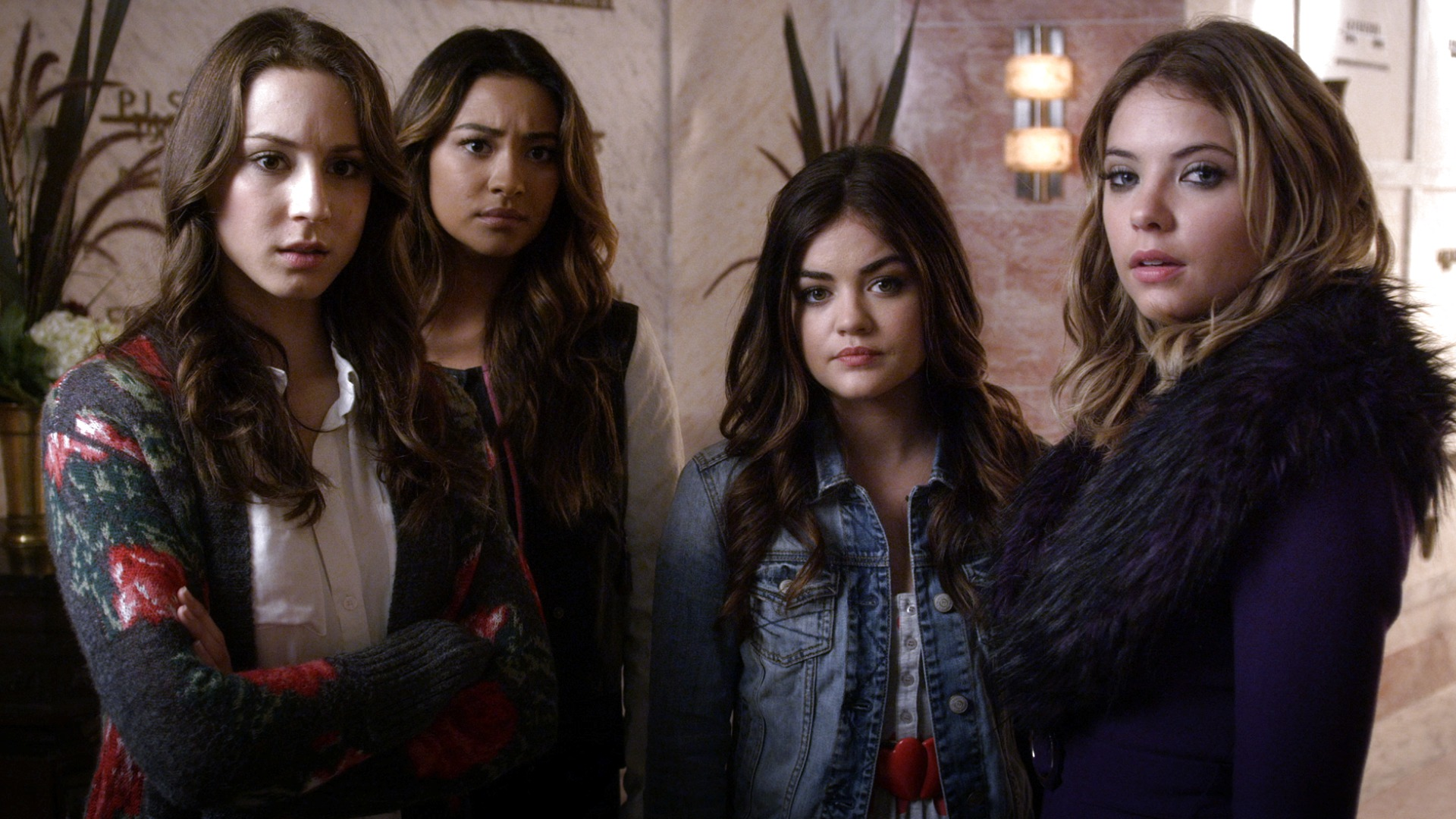 Fashion from pretty little liars 36