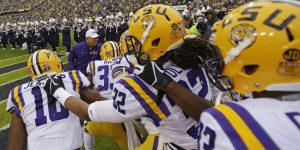 lsu Backgrounds Free Download