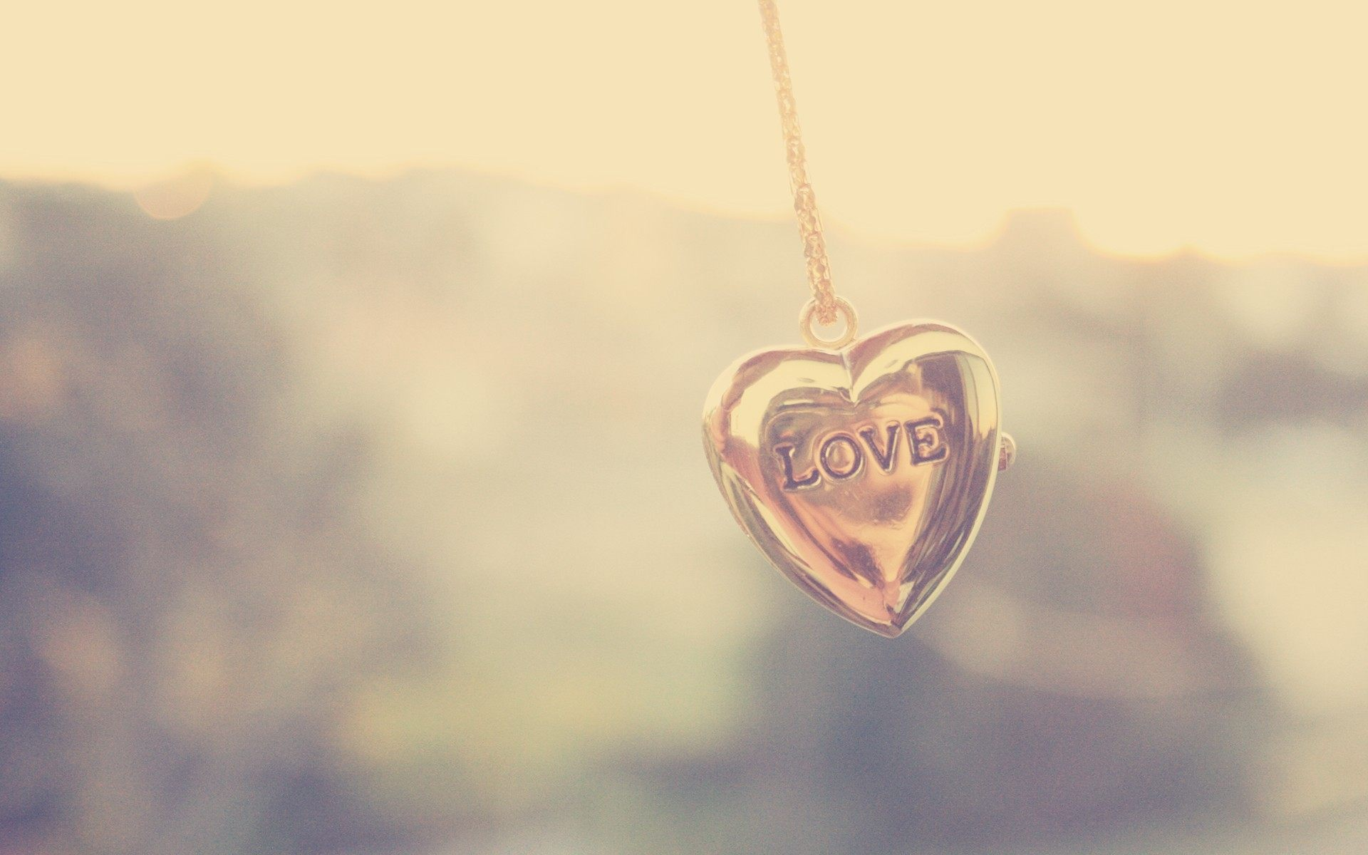 Necklace love heart wallpaper hd for desktop wallpaper download voltagebd Images