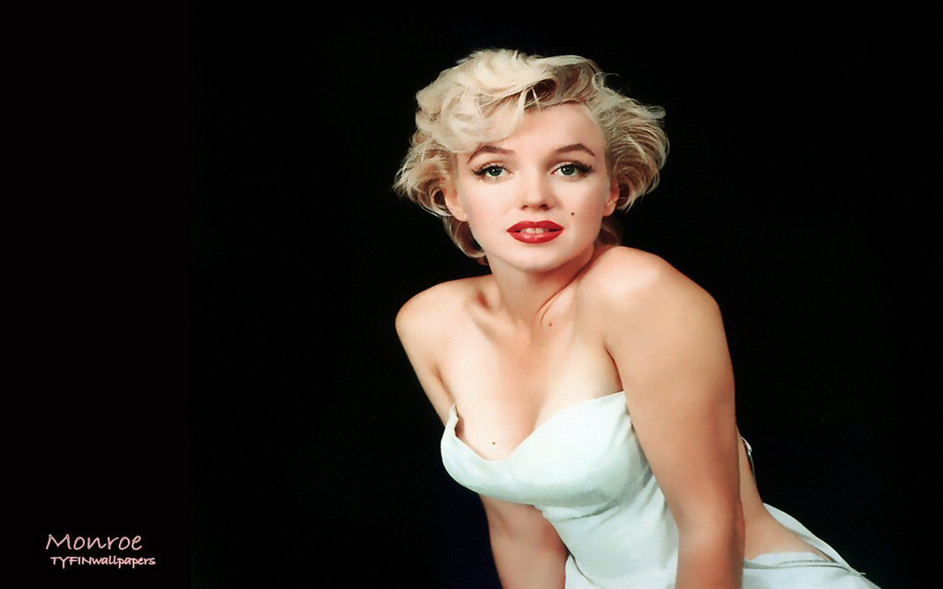 Sexy Marilyn Monroe Wallpaper 1