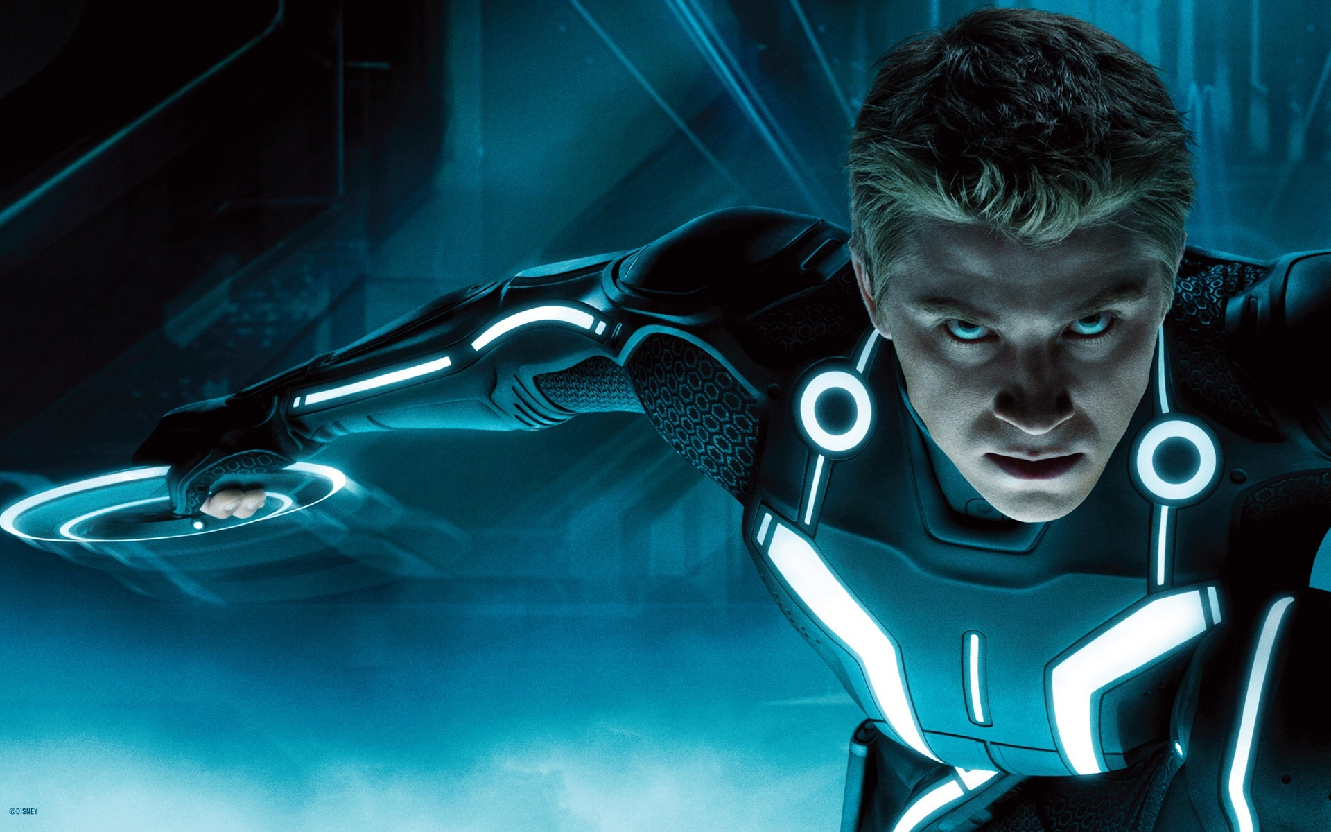 Tron-Legacy-Sam-Ready-to-Battle-Desktop-Wallpaper